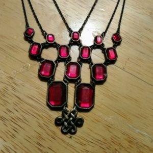 Jewelry - Celtic Garnet Necklace
